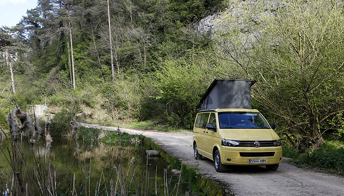 Volkswagen-California Beach