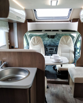 Caravans International-continental 650 xt